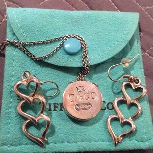 Tiffany lot Locket and earrings 925 Sterling